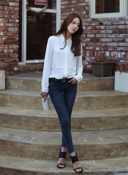 7 cach mac quan skinny jean cuc trendy cho nang cong so - Anh 2
