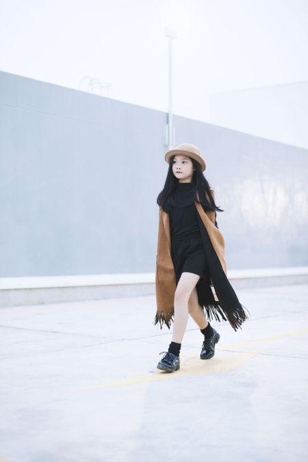Top 10 mau nhi The gioi xuong pho dep chang kem Minh Hang - Anh 1