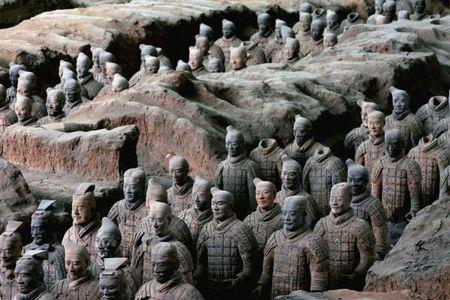 Bi an ben trong lang mo cua hoang de tan bao nhat Trung Quoc - Anh 2