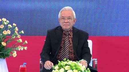 GS Pham Gia Khai: Toi choang vang khi nghe tin dai hoc KD va CN dao tao bac si - Anh 1