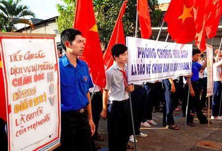 Viet Nam huong toi cham dut dai dich HIV/AIDS vao nam 2030 - Anh 1