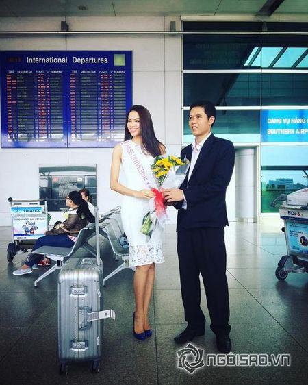 Pham Huong xinh dep len duong di thi Hoa hau Hoan vu 2015 - Anh 3