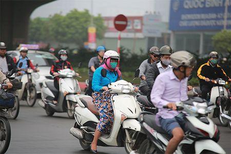 """Nguoi dan """"kho so"""" di chuyen vi suong mu giang tu phia - Anh 10"""