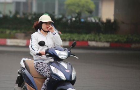 """Nguoi dan """"kho so"""" di chuyen vi suong mu giang tu phia - Anh 15"""