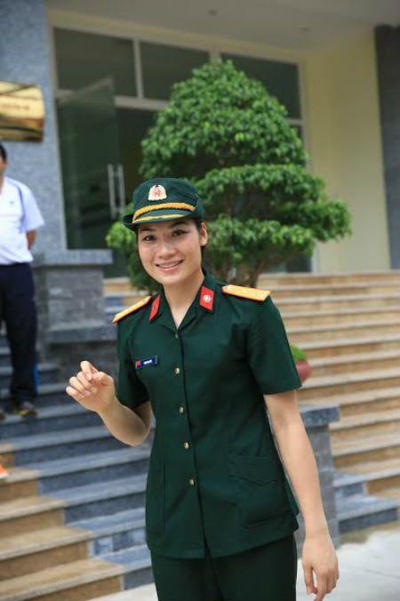 """""""Hotgirl"""" bong chuyen Pham Yen va chuyen rieng chua ke - Anh 2"""