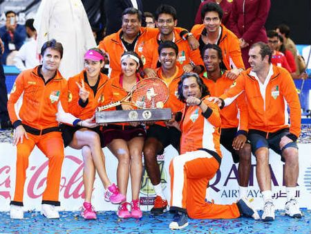 "Tennis Ngoai hang 2015: ""Team Djokovic"" thang tran ra quan - Anh 2"