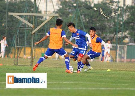 """Cong Phuong, Xuan Truong """"lam ma"""" o U23 Viet Nam - Anh 11"""