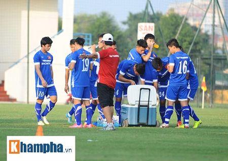 """Cong Phuong, Xuan Truong """"lam ma"""" o U23 Viet Nam - Anh 4"""