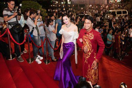 Giang My quyen ru voi vay duoi ca 80 trieu tai Lien hoan phim Viet - Anh 1