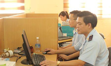 Hai quan Quang Ninh thu hon 13 ty dong tu hau kiem - Anh 1