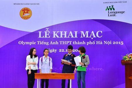 Gan 2.000 thi sinh tham du ky thi Olympic tieng Anh - Anh 2