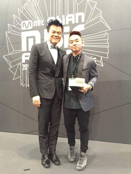 "Phuc Bo vinh danh ""Best Producer"" tai MAMA 2015 - Anh 4"