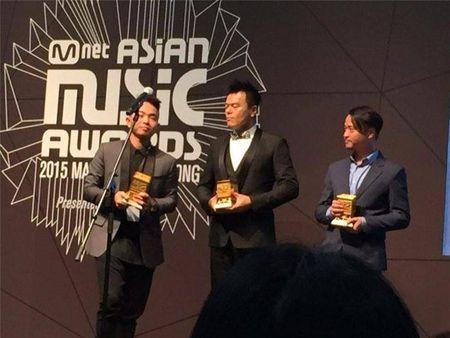 "Phuc Bo vinh danh ""Best Producer"" tai MAMA 2015 - Anh 6"