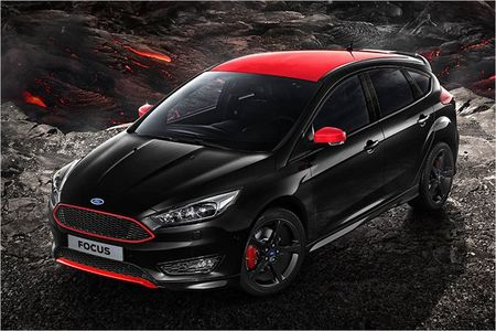 Ford Focus Sport ca tinh hon ve phong cach - Anh 4