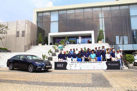 Lexus ES 350 dong hanh cung Golf & Life Tournament nam thu 10 - Anh 1