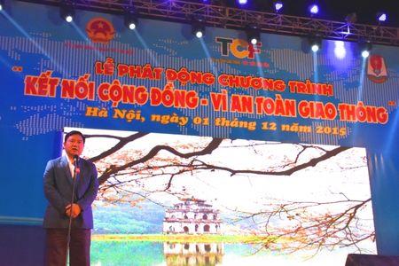 "4.000 nguoi tham du chuong trinh ""Ket noi cong dong-Vi an toan giao thong"" - Anh 1"