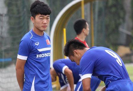 U23 Viet Nam: Nong bong vi tri tien ve trung tam - Anh 2