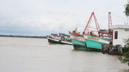 Ngu dan va nhung mang toi tren Vinh Thai Lan - Anh 2