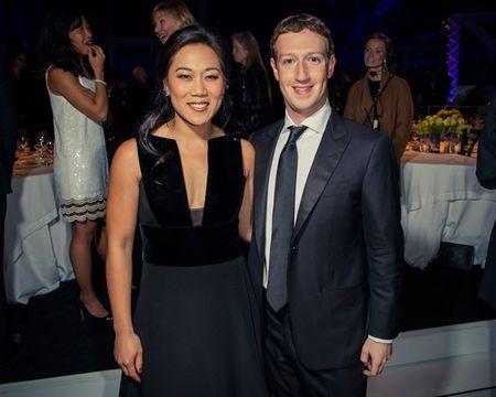 Chuyen tinh hon mot thap ky cua Mark Zuckerberg - Anh 10