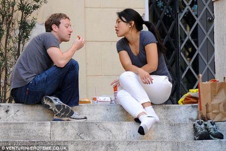 Chuyen tinh hon mot thap ky cua Mark Zuckerberg - Anh 3