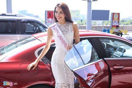 Pham Huong tam biet me len duong thi HH Hoan vu The gioi - Anh 1