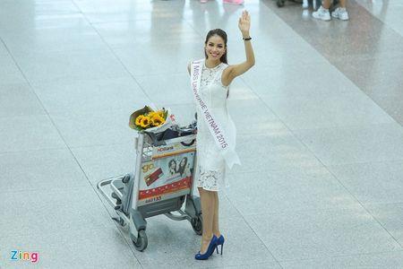 Pham Huong tam biet me len duong thi HH Hoan vu The gioi - Anh 8