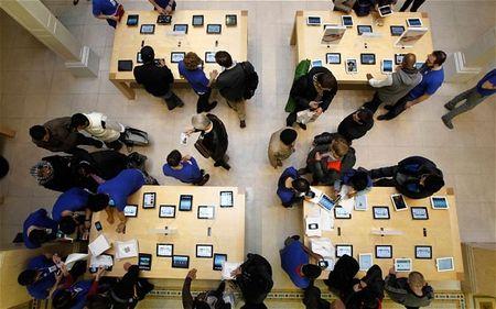 Kien Apple vi mat het hinh anh trong iPhone sau khi sua chua - Anh 1
