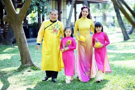 Ca si Thu Phuong: Day con khong duoc quen le Tet cua dan toc - Anh 1