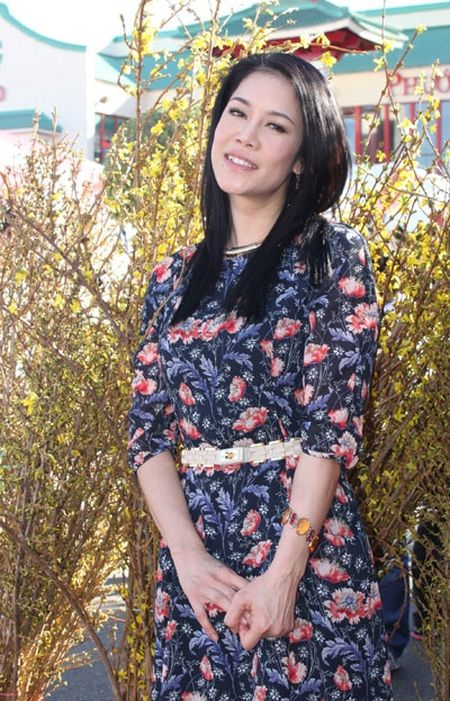 Ca si Thu Phuong: Day con khong duoc quen le Tet cua dan toc - Anh 4