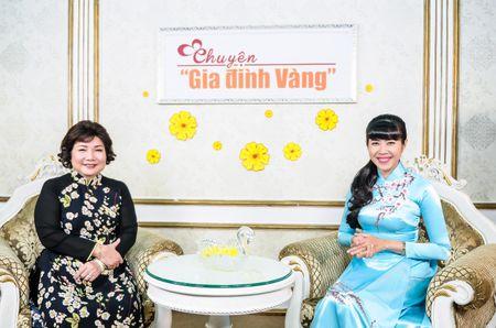 Ca si Thu Phuong: Day con khong duoc quen le Tet cua dan toc - Anh 6