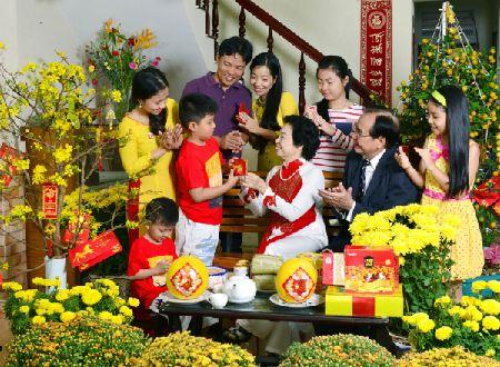 Day con nhan li xi Tet the nao cho dung? - Anh 1