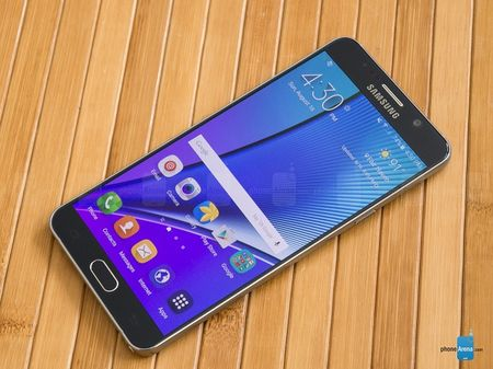 Samsung moi du khach su dung Galaxy Note 5 mien phi khi den Han Quoc - Anh 1