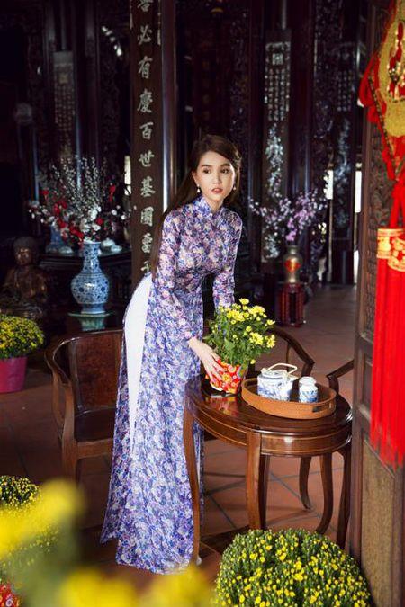 Ngoc Trinh bong man ma, nhac kheo dai gia chuyen ket hon - Anh 6