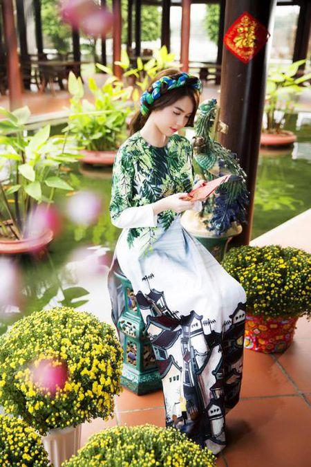 Ngoc Trinh bong man ma, nhac kheo dai gia chuyen ket hon - Anh 7