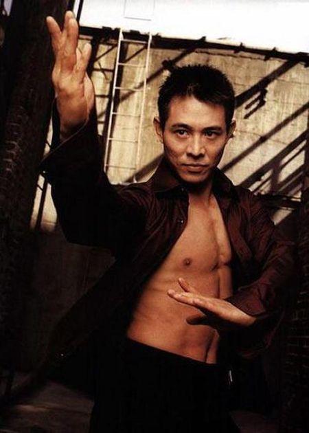 Ve nam tinh 'don guc' phai nu cua sao vo thuat Trung Quoc - Anh 14