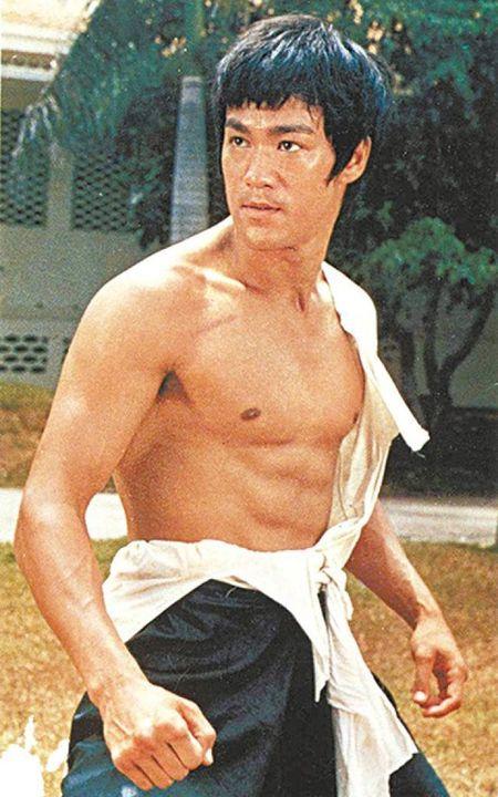 Ve nam tinh 'don guc' phai nu cua sao vo thuat Trung Quoc - Anh 17