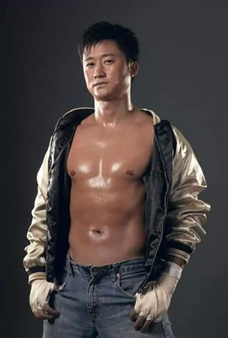 Ve nam tinh 'don guc' phai nu cua sao vo thuat Trung Quoc - Anh 19