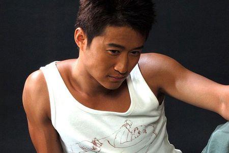 Ve nam tinh 'don guc' phai nu cua sao vo thuat Trung Quoc - Anh 20