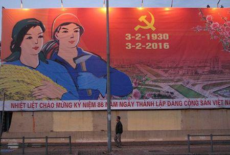 Ha Noi ruc ro ky niem 86 nam ngay thanh lap Dang (3/2/1930-3/2/2016) - Anh 2