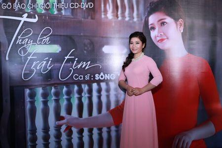 """Sao Mai Song Thao ra mat CD-DVD """"Thay loi trai tim"""" - Anh 2"""