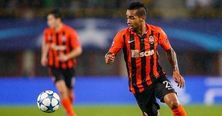 Tin du cho Liverpool: Quang Chau Evergrande muon mua Alex Teixeira - Anh 1