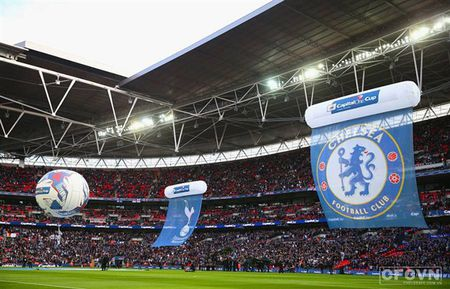 Chelsea chuan bi 'doi nha' sang Wembley - Anh 1