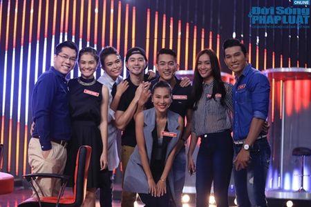 Tran Thanh mua vo Karate, chat tao bang tay - Anh 1