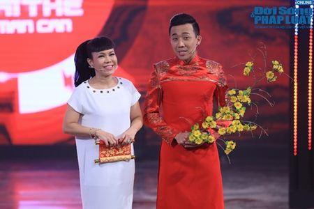 Tran Thanh mua vo Karate, chat tao bang tay - Anh 2