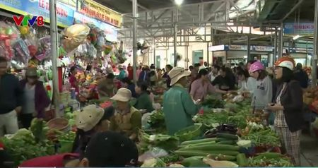 Da Nang: Gia thuc pham Tet tang - Anh 1