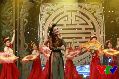 Tan Nhan rang ro voi sac dao o Xuan doan vien 2016 - Anh 1