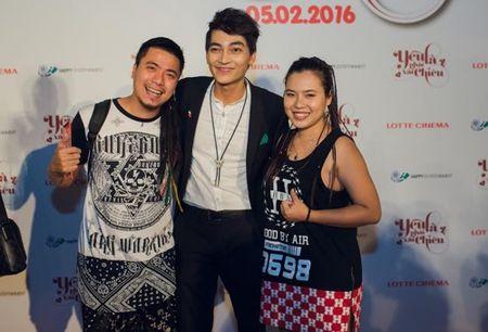 Hoai Linh bat ngo den chuc mung Khuong Ngoc - Anh 11