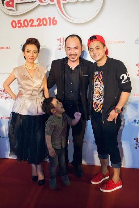 Hoai Linh bat ngo den chuc mung Khuong Ngoc - Anh 5