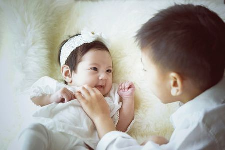 Ha Kieu Anh hanh phuc vien man ben con gai 3 thang tuoi - Anh 10