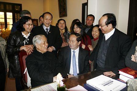 Bo truong Tran Dai Quang tham, chuc Tet cac dong chi nguyen lanh dao Dang, Nha nuoc - Anh 1